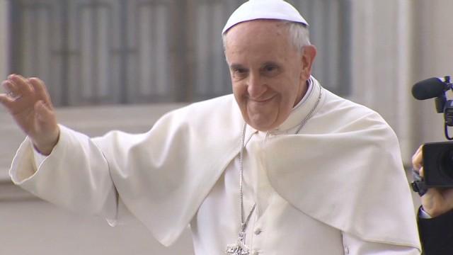 lok mclaughlin pope best dressed_00003628.jpg
