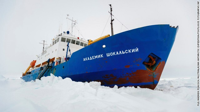 Russian ship MV Akademik Shokalskiy has broken free from Antarctic ice and headed for open water.