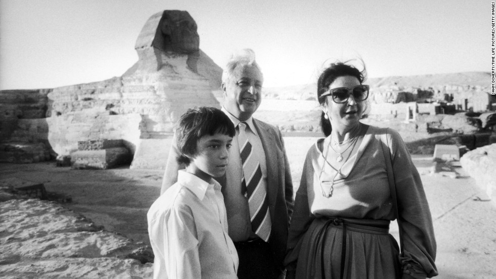 Sharon with his son, Gilad, and wife, Lily, during a stop in Egypt in 1979.