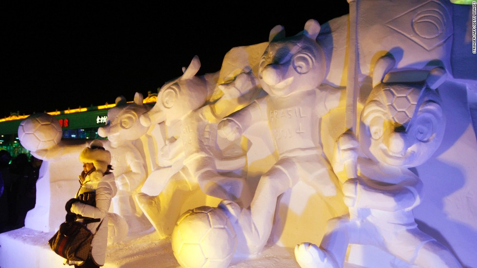 If you can't make it to Rio, you can pose with 2014 Brazilian World Cup mascot sculptures in Harbin.