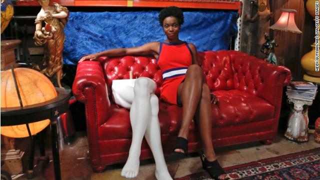 'SNL' welcomes black female cast member