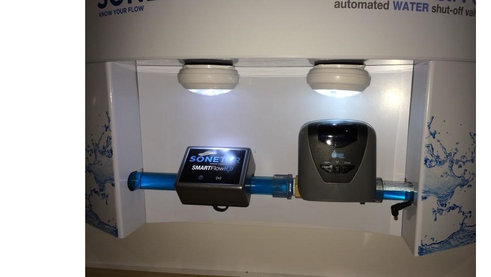 El último truco de Iris es ser capaz de detectar las fugas de agua y cerrar automáticamente el suministro de agua.