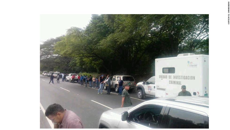 El Ministerio Público informó que los cuerpos fueron hallados la noche del lunes y que dos fiscales ya fueron designados al caso para esclarecer los hechos.