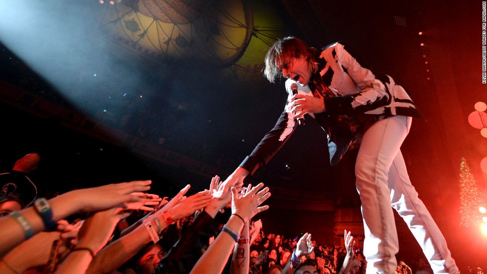 <strong>Arcade Fire: Performing April 13 and <strong></strong>20</strong>