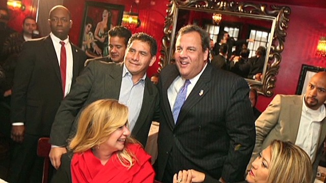 Christie document dump raises questions