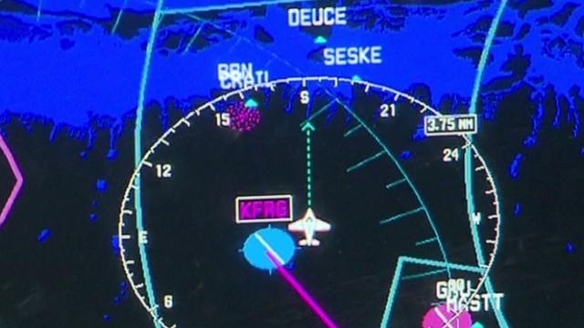 How did pilots land at wrong airport?