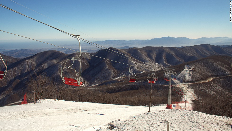 The resort has 11 runs including two beginner slopes. Instructors and tour guides are available.