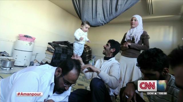 Photographer describes Syria captivity