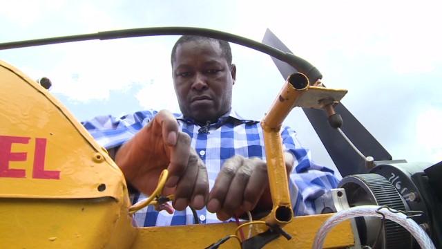 spc inside africa kenya building planes_00010022.jpg