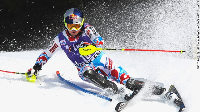 Alexis Pinturault wins his first World Cup event of the season in Wengen with a storming slalom run.