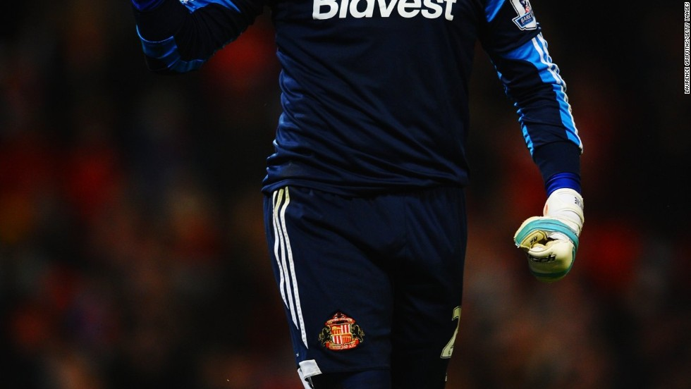 Sunderland's hero was goalkeeper Vito Mannone as the Italian saved two penalties to ensure his side won 2-1 from the spot.