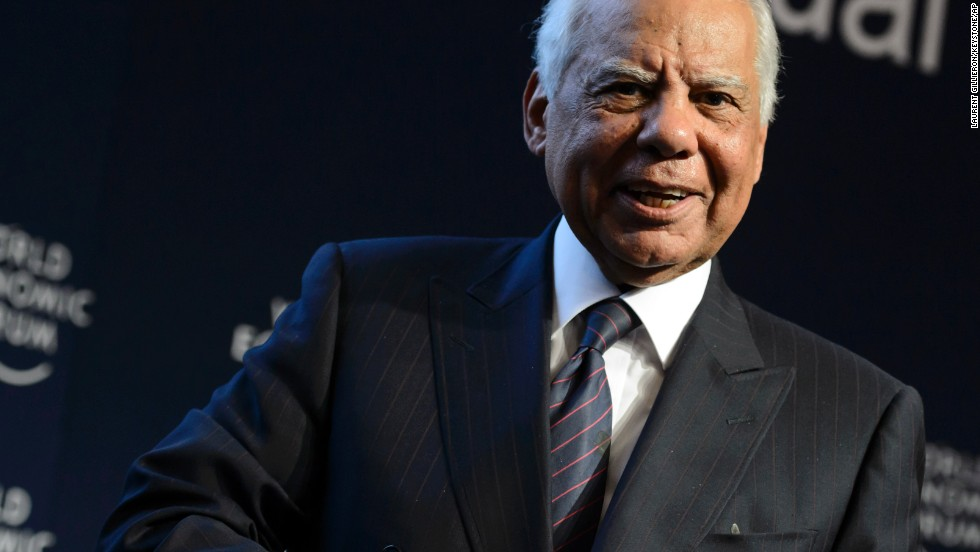 Egyptian interim Prime Minister Hazem el-Beblawi attends a panel session on the second day of the 44. annual meeting.