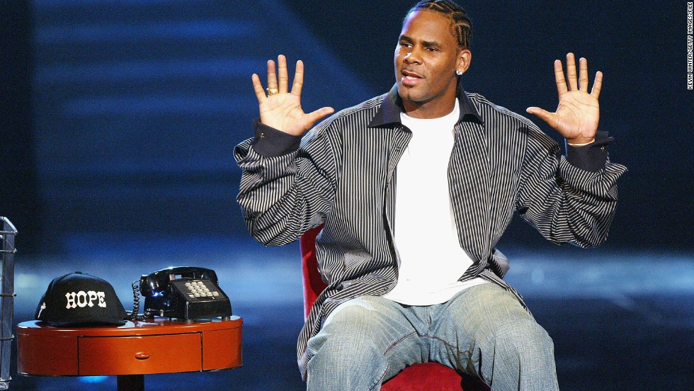 "In 2003, singer<a href=""http://www.rollingstone.com/music/news/r-kelly-arrested-again-20030122"" target=""_blank""> R. Kelly was arrested in Miami on child pornography charges</a> a few weeks before the awards show. He had already been indicted on similar charges in Chicago stemming from a an alleged sex tape with a minor. The Florida charges were eventually dismissed and Kelly was acquitted of the Chicago charges."