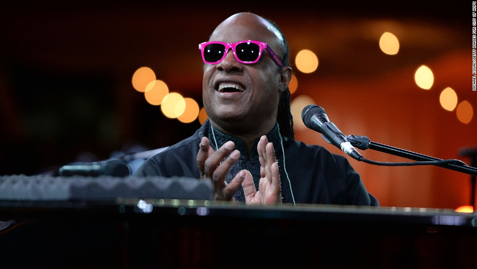 "It's <strong>Stevie Wonder</strong>. <a href=""http://www.imdb.com/name/nm0005567/bio"" target=""_blank"">According to IMDB</a> he got his stage name because people thought he was a ""little wonder"" with his ability to overcome his blindness and play multiple instruments."
