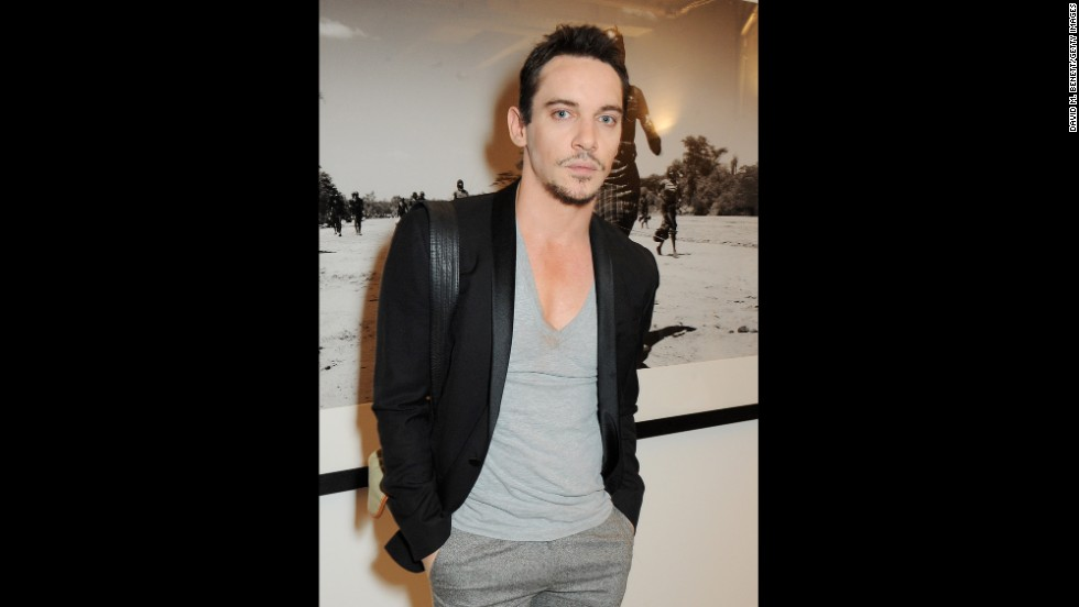 Jonathan Rhys Meyers was banned from flying on United Airlines after drinking heavily.