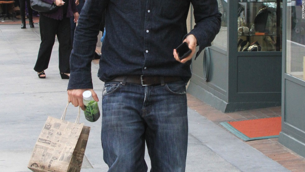 """Sons of Anarchy's"" Charlie Hunnam makes a food run on January 24."