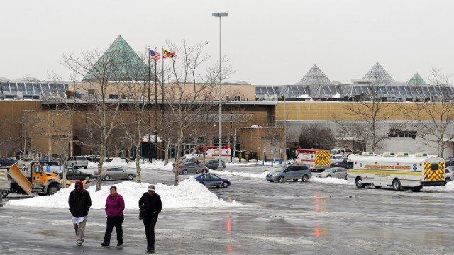 Police identify Maryland mall shooter