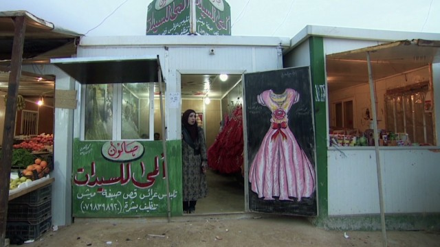 Bringing beauty to a refugee camp