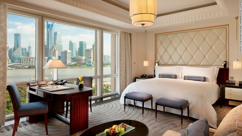 Exclusive the luxury hotel rooms that don 39 t want you to for Luxury hotel suites