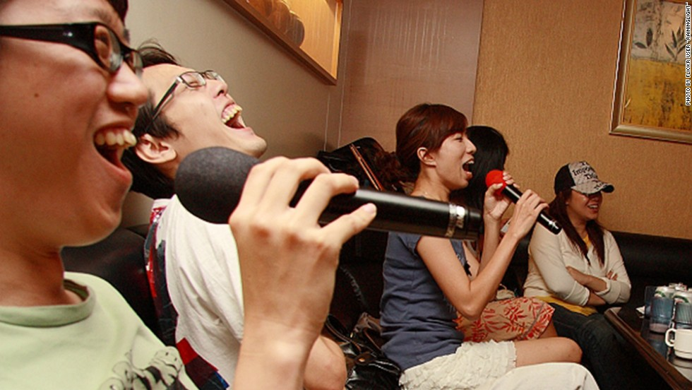 Karaoke is a popular after-dinner activity. Unfortunately baijiu often diminishes a drinker's tunefulness. Thankfully, no one cares.