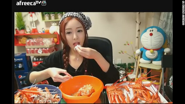 Park makes up to $9,300 a month from her broadcasts alone.