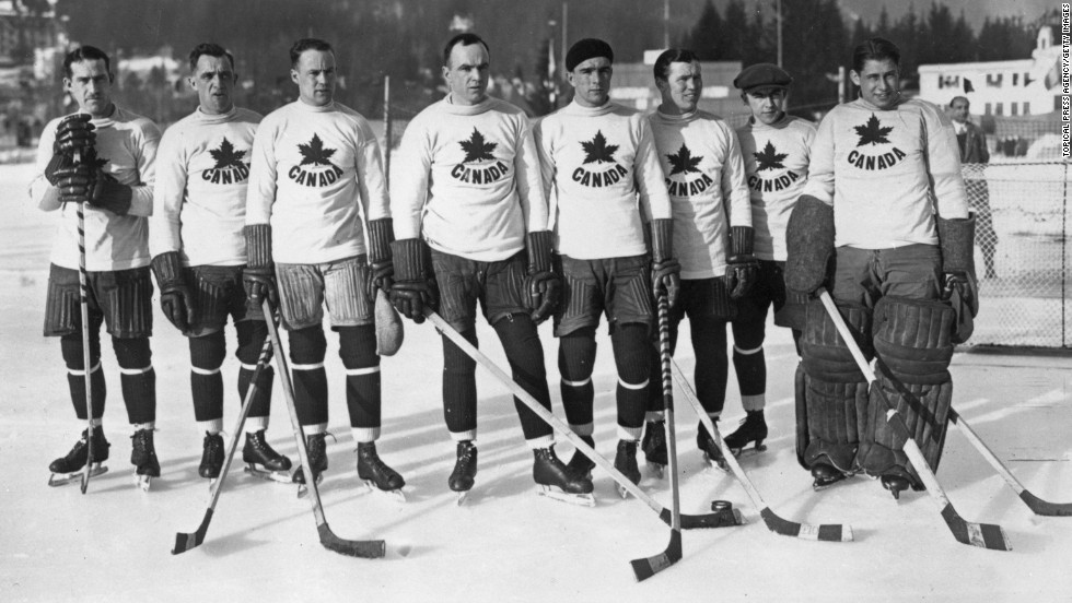 In the first Winter Olympics, Canadian ice hockey team the Toronto Granites beat the United States 6-1 in the final round to take the gold medal.