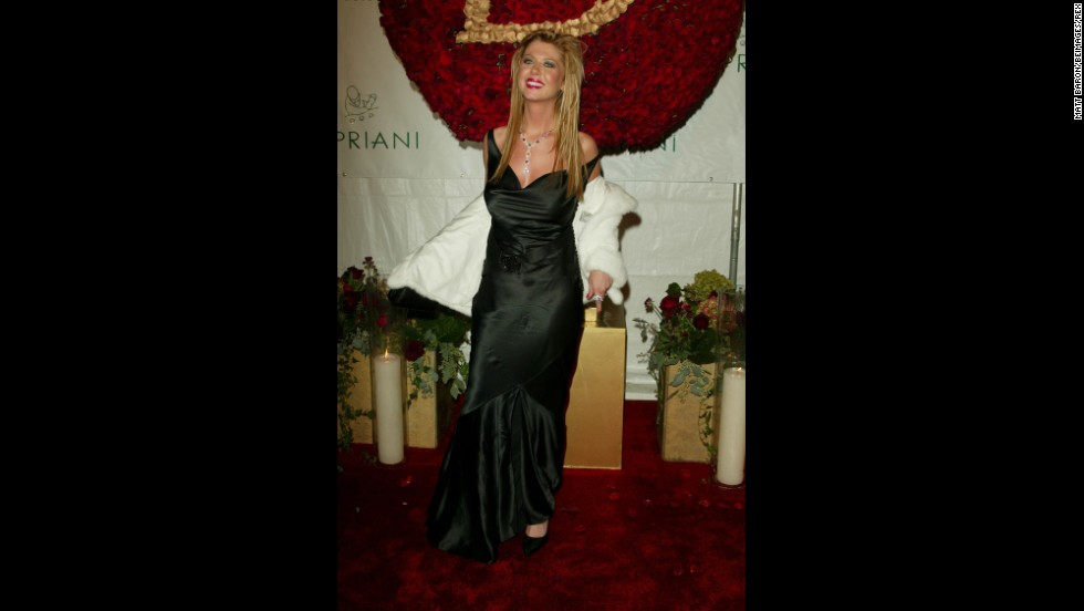 "After her appearance at Sean ""P. Diddy"" Combs' 35th birthday party in 2004, Tara Reid has become the granddaddy -- grandmama? -- of the wardrobe malfunction. The actress was trying to work it for the cameras upon arrival, but ended up just working off the left strap of her dress, leaving her breast out there for all to capture."