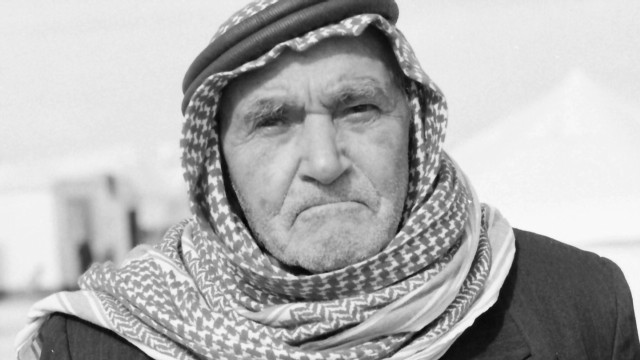 pkg shubert zaatari elderly_00021621.jpg