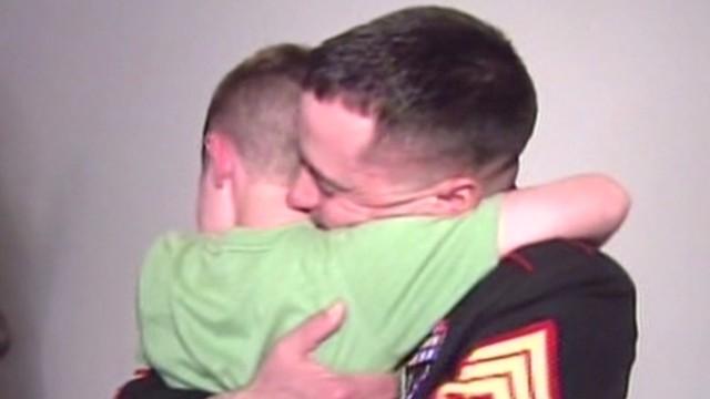 CA marine reunion everyone cries Earlystart _00001714.jpg