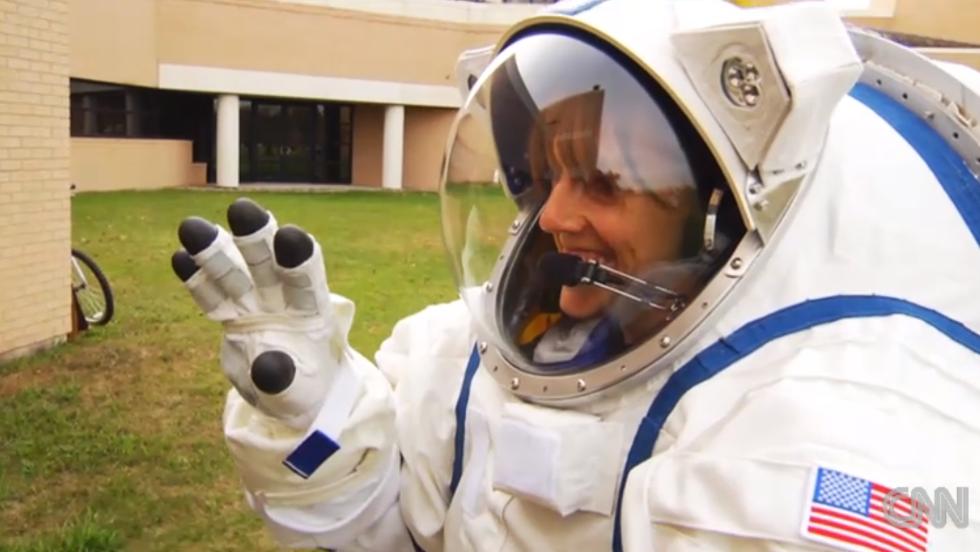 La NASA desarrolla el traje el NDX-2.