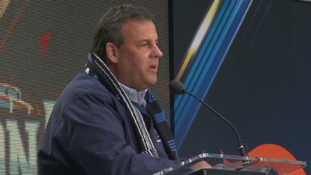 Christie booed at Super Bowl event