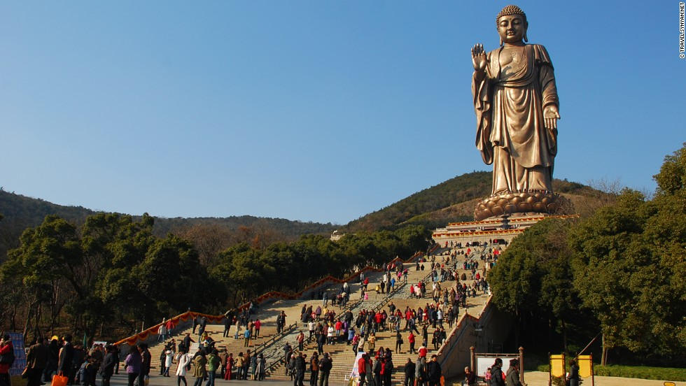 The Grand Buddha at China's Lingshan Park, Wuxi, Jiangsu province, has inspired tourism officials to build at least 10 other large Buddha statues across China. The 88-meter-tall Buddha is made of 725 tonnes of bronze sheet. The park greeted 3.8 million visitors last year, raking in more than RMB 1.2 billion ($194.4 million).