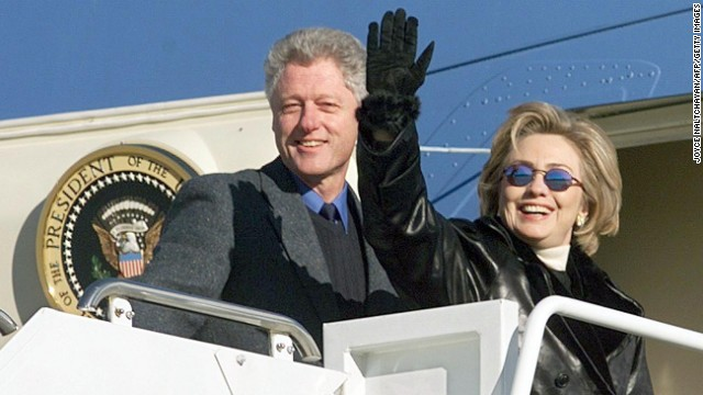 WASHINGTON, DC - DECEMBER 30:  US President Bill Clinton (L) and First Lady Hillary Rodham Clinton depart Andrews Air Force Base, MD, for a three day family vacation in Hilton Head, SC with their daughter Chelsea 30 December.  The Clintons are scheduled to attend the annual Renaissance Weekend family retreat in Hilton Head. (ELECTRONIC IMAGE)  (Photo credit should read JOYCE NALTCHAYAN/AFP/Getty Images)