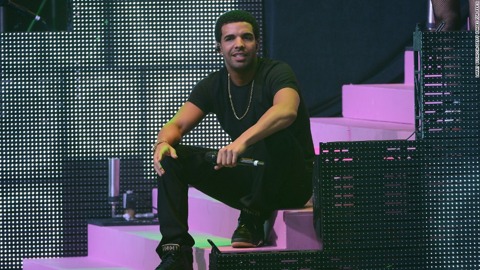 "Rapper Drake is the son of a black father and white Jewish mother.  ""I'm all mixed up and people embrace that,"" he told the <a href=""http://blogs.villagevoice.com/music/2011/11/drake_interview_asap_rocky_nelly_battle_rap.php"" target=""_blank"">Village Voice</a>."