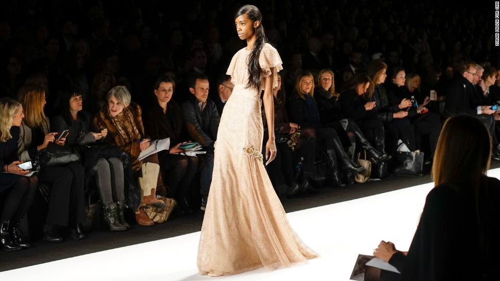 Badgley Mischka, the line by duo Mark Badgley and James Mischka, debuted their fall collection on February 11 at Lincoln Center.