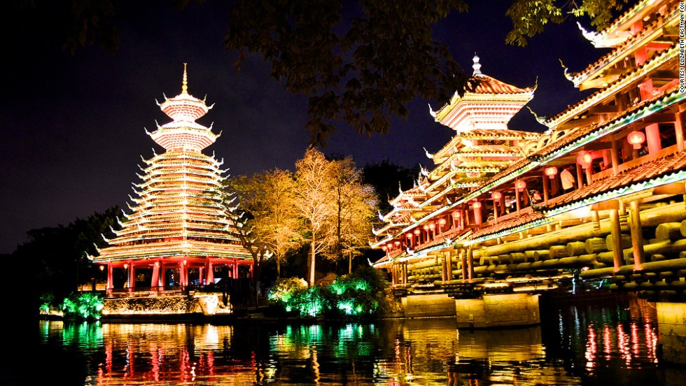 Last year's Lantern Festival in the Splendid China Folk Village in Shenzhen was typically bright.