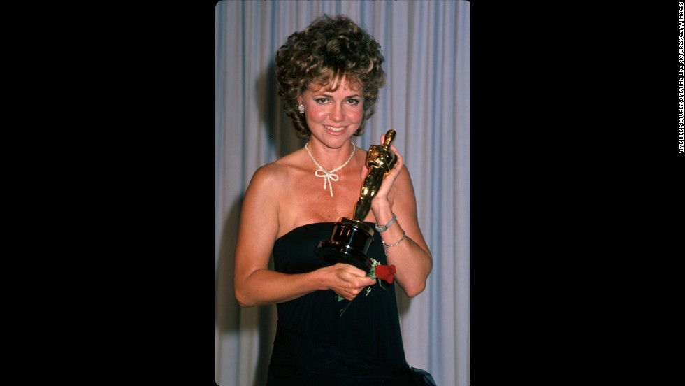 "Sally Field holds the best actress Oscar in the press room at the Academy Awards. She won the award, her second, for her role in ""Places in the Heart."""