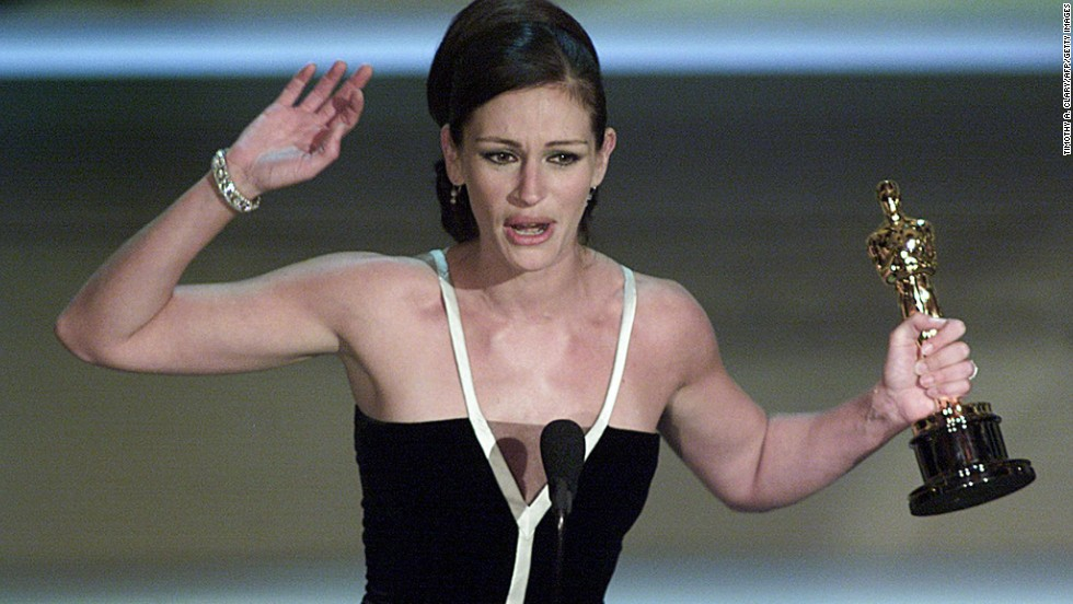 "Julia Roberts holds her Oscar for her role in ""Erin Brockovich."""