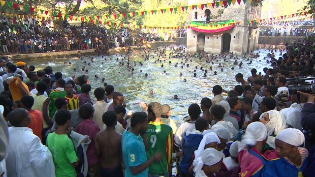 spc inside africa ethiopia gondar timket b_00001219.jpg