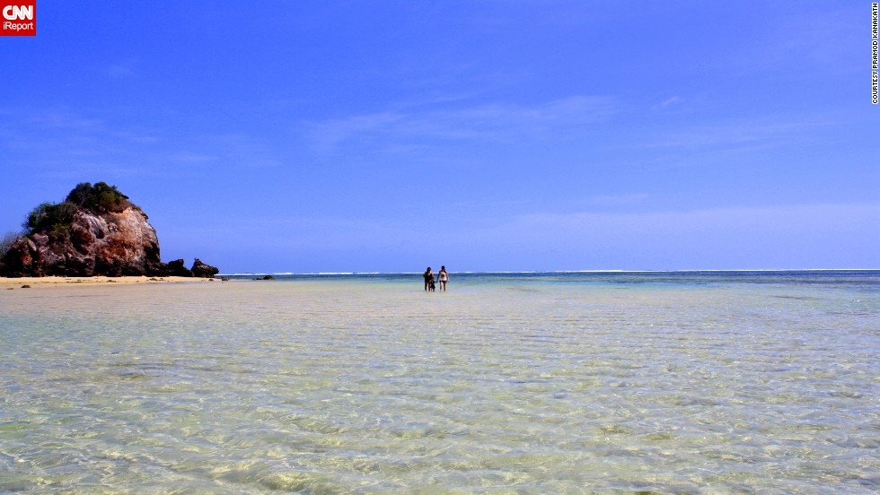 """""""Lombok may be under its rival Bali's shadow when you talk tourism,"""" said <a href=""""http://ireport.cnn.com/docs/DOC-1082118"""">Pramod Kanakath</a>, a teacher and travel writer in Indonesia. """"However, its pristine beaches on many locations, including on the Gili Islands, make it a great option for holidaying."""" This shot was taken on Kuta Beach."""