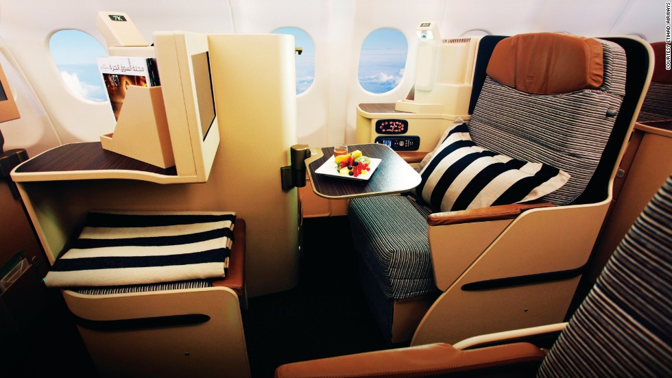 Comfortable with stylish fittings, Etihad airways offer business class seating to make you feel at home. The airline took 9th place in this year's World Airline Awards.
