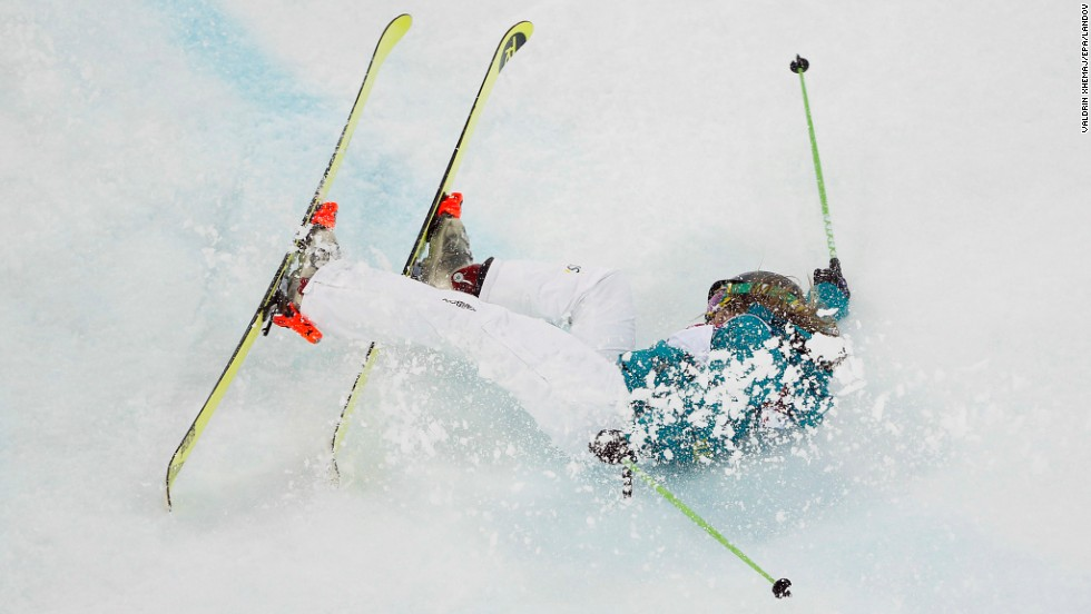 Amy Sheehan of Australia crashes during the women's halfpipe on February 20.