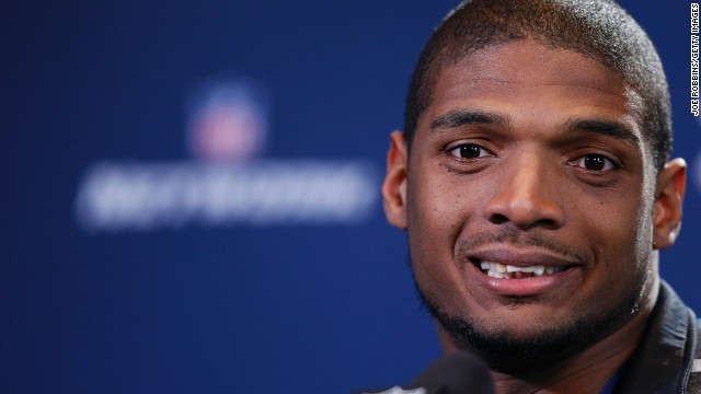 Michael Sam's kiss spurs many reactions