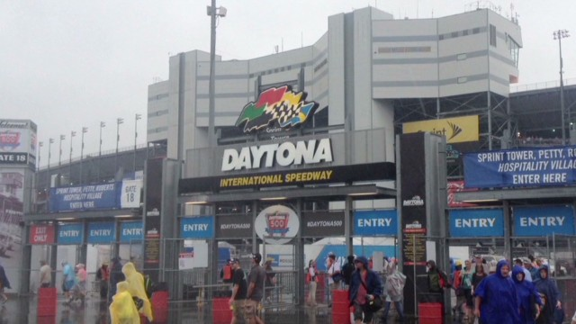 Tornado threat at Daytona 500