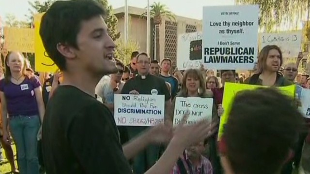 Protesters slam Arizona 'anti-gay' bill