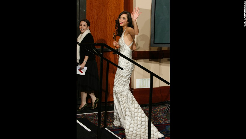 "Ever notice how actresses tend to wear the most amazing dress on the night they just so happen to win the Oscar? That was the case with Marion Cotillard in 2008, when she won the best actress honor with ""La Vie en Rose"" while wearing an enviable Gaultier dress covered in a fish-scale print."