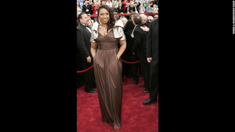 "Jennifer Hudson's 2007 Oscars outfit is one that you simply love -- or love to hate. The ""Dreamgirls"" actress picked up the Oscar for best supporting actress that year, but some people couldn't see past the metallic, structured bolero jacket she wore on the red carpet."
