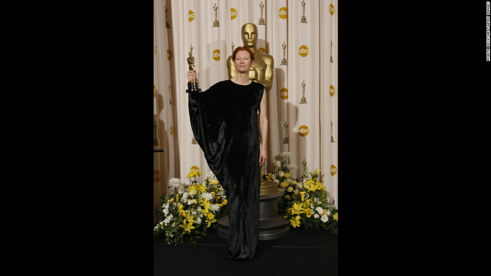 Tilda Swinton has a notably unique sense of style, and we're used to not always fully understanding some of her sartorial choices. But, you know, it's Tilda Swinton, so you go with it. And yet we're not sure even she could explain her 2008 Oscars dress.