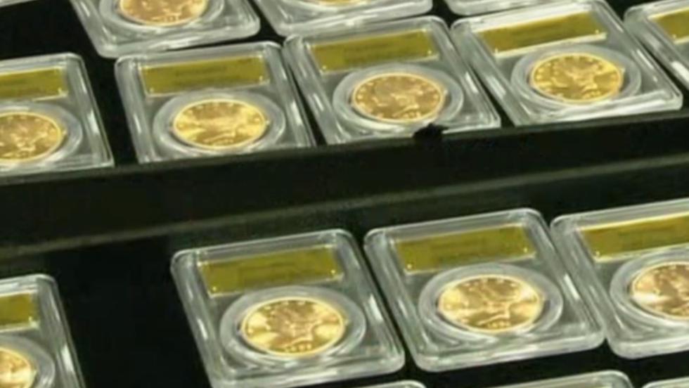 Las monedas, en denominaciones de 5, 10 y 20 dólares, datan de 1847 a 1894. La mayoría fueron acuñadas en San Francisco.
