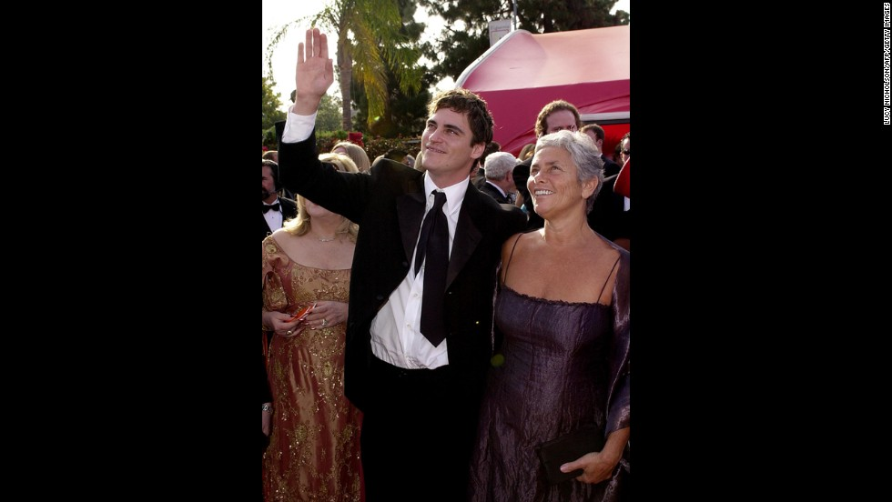 "Joaquin Phoenix and his mother, Heart, arrive for the 73rd Annual Academy Awards in Los Angeles on March 25, 2001.  Phoenix was nominated for Best Supporting Actor for his role in ""Gladiator."""